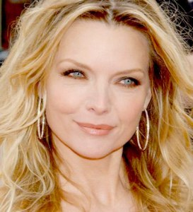 michelle-pfeiffer-3